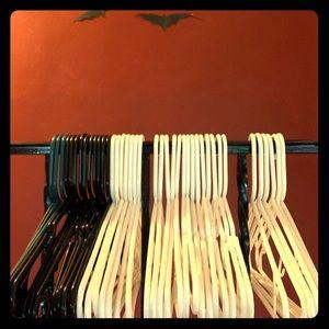 Plastic Hangers Black/White/Teal
